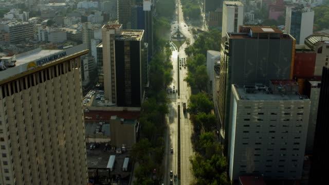 tilt up over paseo de la reforma - mexico city stock videos & royalty-free footage