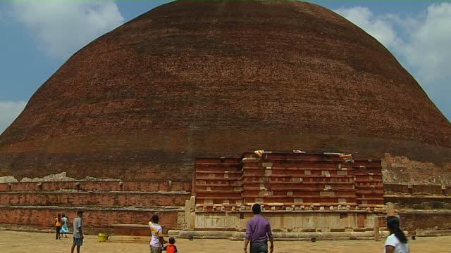 tilt up shot jetavana anuradhapura north central province sri lanka - sri lankan culture stock videos & royalty-free footage
