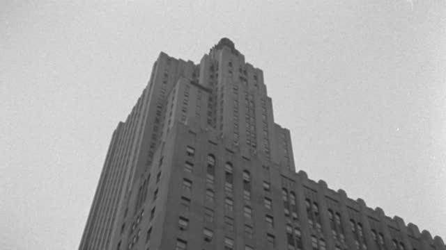 tilt up shot of 1 wall street on wall street, lower manhattan, manhattan, new york city, new york state, usa - 1937 stock videos & royalty-free footage