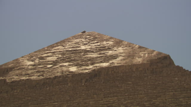 tilt up the ancient pyramid of khafre, giza, egypt. - igneous stock videos & royalty-free footage