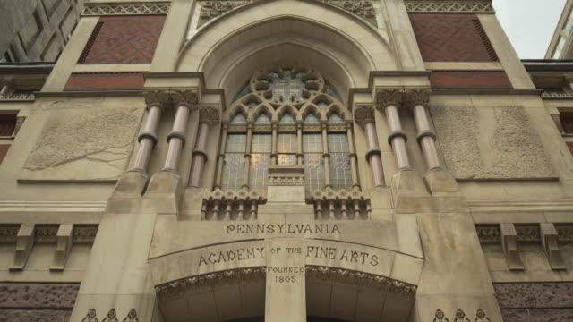 Tilt up the Pennsylvania Academy of the Fine Arts in Philadelphia, USA.