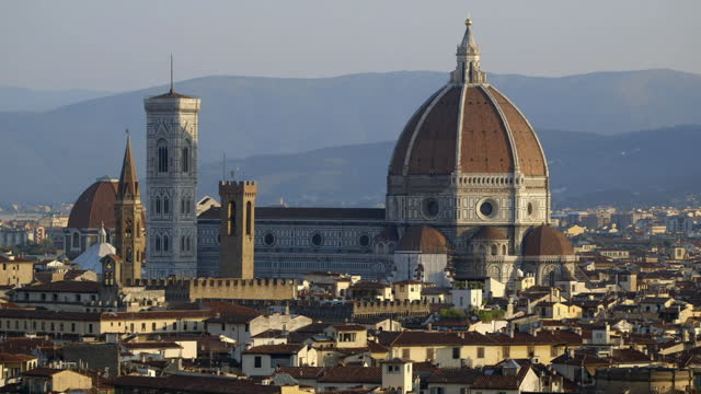 tilt up to florence cathedral, italy - florence italy stock videos & royalty-free footage