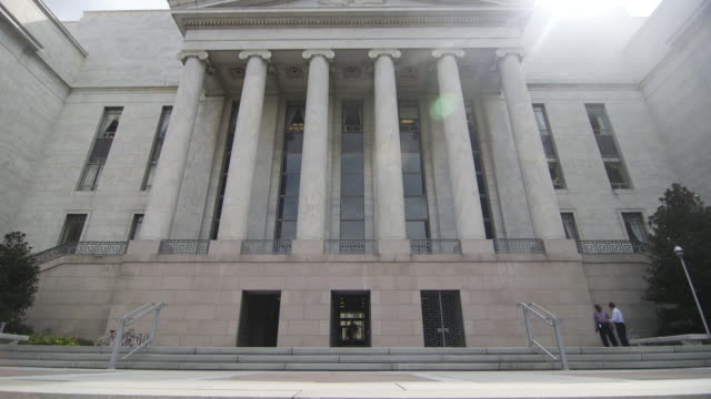 tilt up to rayburn house office building in dc - federal building stock videos & royalty-free footage
