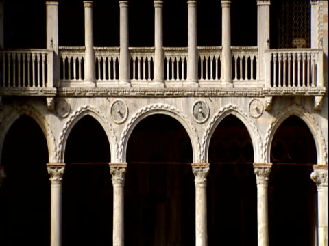 tilt up venetian gothic architecture of ca 'd' oro (venetian palace) - palace stock videos & royalty-free footage