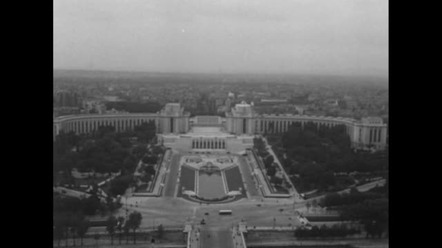 vs tiltdown beauty shots grounds of the palais de chaillot probably as seen from the eiffel tower - 1948 stock-videos und b-roll-filmmaterial