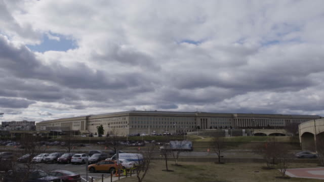 tilt-down to the pentagon building - the pentagon stock videos and b-roll footage