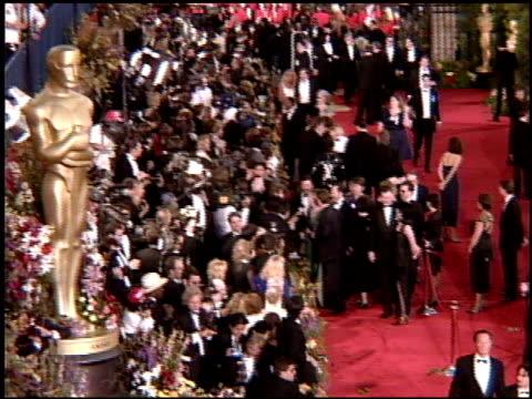 vídeos y material grabado en eventos de stock de tim allen at the 1995 academy awards arrivals at the shrine auditorium in los angeles california on march 27 1995 - 67ª ceremonia de entrega de los óscars