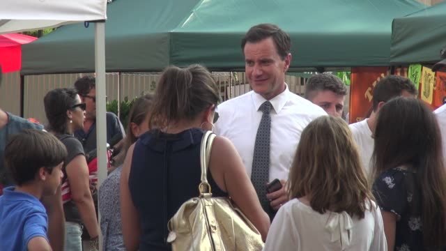 tim dekay on the set of the tv series 'white collar' in union square park celebrity sightings in new york on june 30 2014 in new york city - white collar worker点の映像素材/bロール