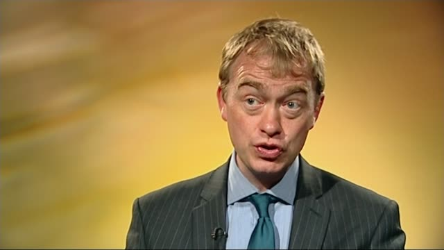 tim farron elected leader of the liberal democrats r14051501 1452015 tim farron mp interview sot on his term as party president - 英自由民主党点の映像素材/bロール