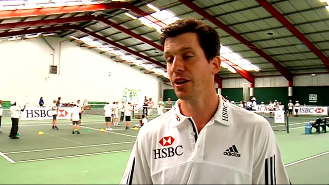 tim henman interview; henman interview sot - talks about nadal federer rivalry being one of best in sport / thinks federer more likely to win... - the english patient点の映像素材/bロール