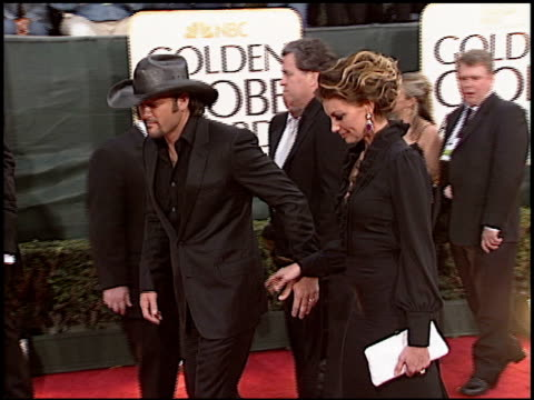 tim mcgraw at the 2006 golden globe awards at the beverly hilton in beverly hills california on january 16 2006 - tim mcgraw stock videos and b-roll footage