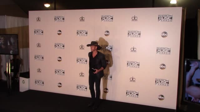 tim mcgraw at the 2016 american music awards press room at microsoft theater in los angeles in celebrity sightings in los angeles - tim mcgraw stock videos and b-roll footage