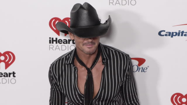 tim mcgraw at the 2019 iheartradio music festival - day 1 at t-mobile arena on september 20, 2019 in las vegas, nevada. - tim mcgraw stock videos & royalty-free footage