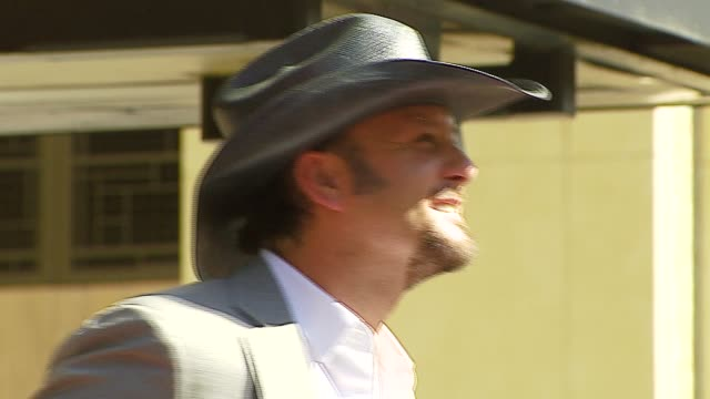 tim mcgraw at the dediction of tim mcgraw's star on the walk of fame at hollywood in hollywood california on october 17 2006 - tim mcgraw stock videos and b-roll footage