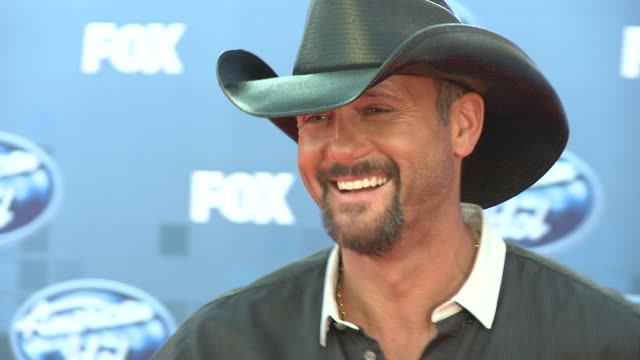 tim mcgraw at the fox's 'american idol 2011' finale results show at los angeles ca - tim mcgraw stock videos and b-roll footage