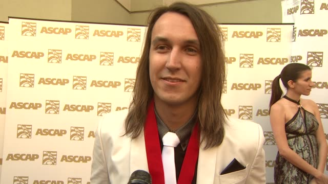 vidéos et rushes de tim myers on his award, writing 'stop and stare', where he writes his songs at the 26th annual ascap pop music awards at hollywood ca. - ascap