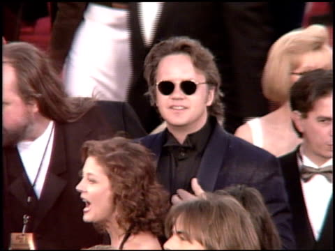 tim robbins at the 1995 academy awards arrivals at the shrine auditorium in los angeles, california on march 27, 1995. - 67th annual academy awards stock videos & royalty-free footage