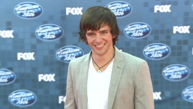 tim urban at the fox's 'american idol 2011' finale results show at los angeles ca - results show stock videos & royalty-free footage