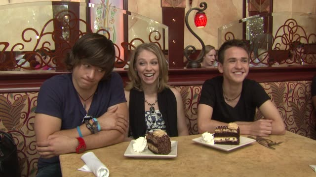 tim urban didi benami aaron kelly say the reese's peanut butter chocolate cake cheesecake should be a part of all future celebrations at the american... - didi benami stock videos and b-roll footage