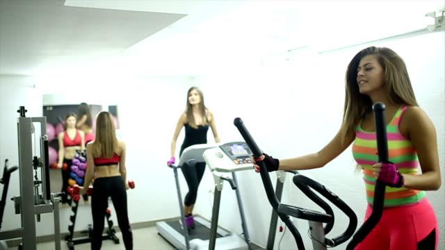 時間のトレーニング - 20 24歳点の映像素材/bロール