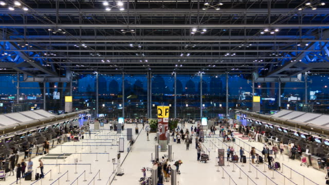 4K Time Lapse Flughafen Abflug Check-in Halle