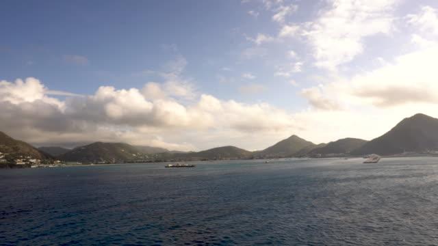 Time-lapse naderen van Sint Maarten, Caribbean