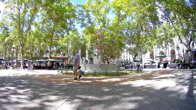 time lapse at plaza matriz, montevideo downtown, uruguay, 2015 - besichtigung stock-videos und b-roll-filmmaterial