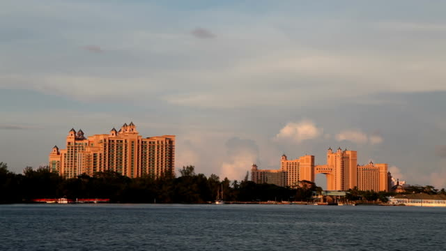 Time Lapse: Atlantis Resort at Paradise Island, Nassau, Bahamas