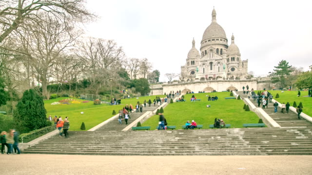 hd time lapse : basilica montmartre, paris - full hd format stock videos & royalty-free footage