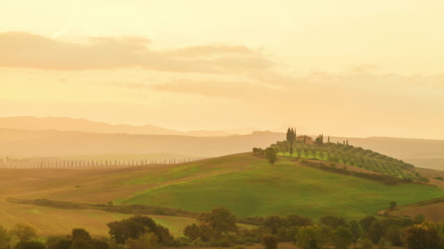 time lapse: beautiful landscape in tuscany, italy - florence italy stock videos & royalty-free footage