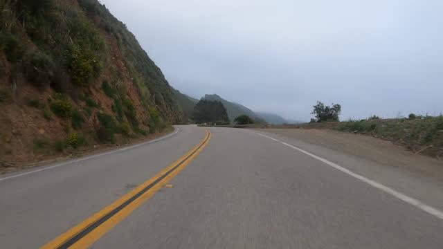 vídeos y material grabado en eventos de stock de time lapse beautiful shot of bridge road amidst plants against cloudy sky - sacramento, california - largo longitud