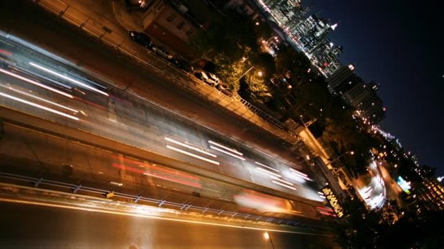 vídeos y material grabado en eventos de stock de lapso de tiempo/brooklyn queens expressway y manhattan - faro luz de vehículo