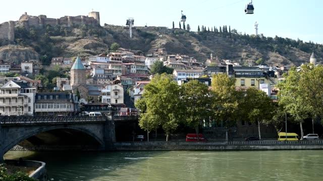 vidéos et rushes de 4k time lapse. building and transport of the old city of tbilisi; georgia. - culture de l'europe de l'est