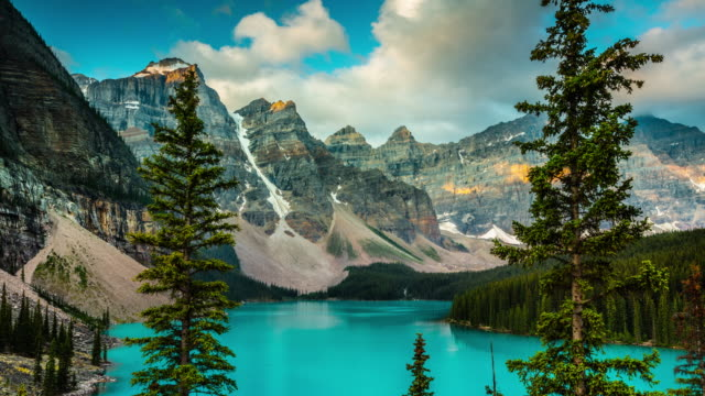 time lapse: canada landscape, moraine lake in banff national park - banff national park stock videos & royalty-free footage