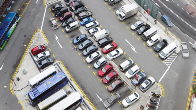 4K Time lapse : car parking.