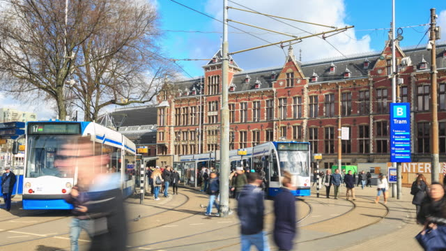 stockvideo's en b-roll-footage met 4k time-lapse: centraal station - vierkant compositie
