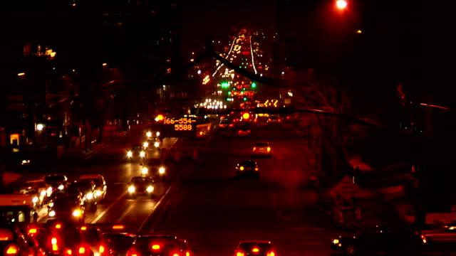 time lapse city traffic at night - salt lake city utah bildbanksvideor och videomaterial från bakom kulisserna