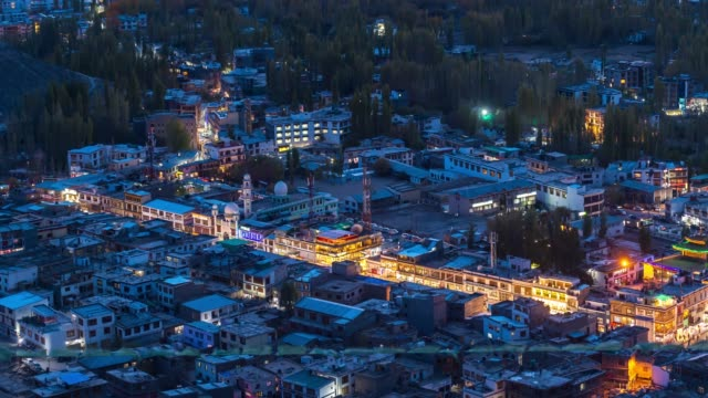 4k time lapse : city view norther part of india  mountains snow peaks and dry mountains in leh district, ladakh jammu and kashmir - jammu e kashmir video stock e b–roll