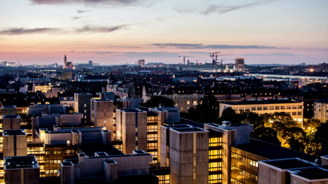 stockvideo's en b-roll-footage met hd time lapse: cityscape at dusk - stadsdeel