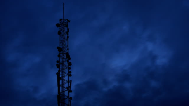 Time lapse: Communications mast