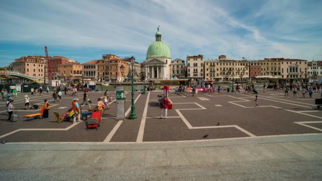 time lapse, crowd at stazione di venezia santa lucia, venice - 14th century bc stock videos & royalty-free footage