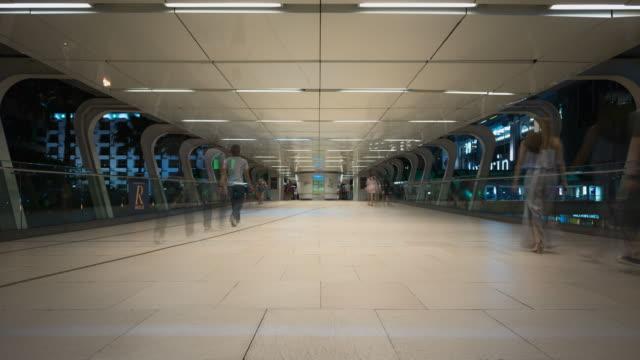 4K Time lapse: Crowded Ratchaprasong Skywalk