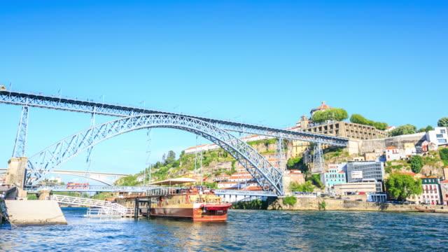 4K Time Lapse : Dom Luiz bridge