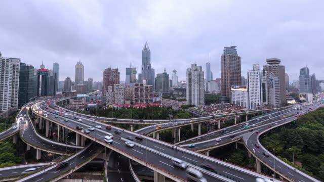 Tiempo lapso centro tráfico/Shanghai, China