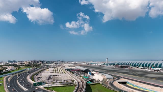 Time Lapse Dubai Metro to Airport