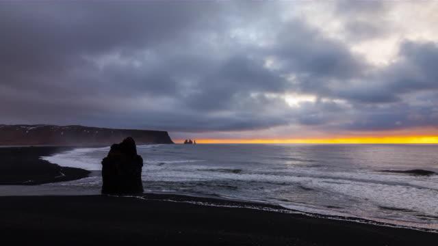 time lapse dyrholaey beach iceland, europe  - dyrholaey stock videos & royalty-free footage