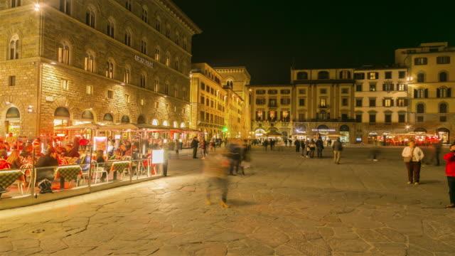 vídeos de stock e filmes b-roll de time lapse: florence, italy at night - florença