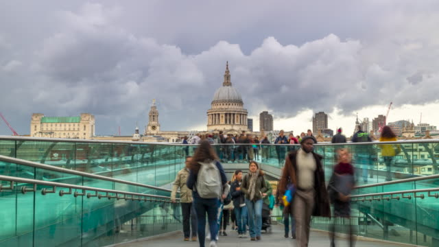 time lapse footage of pedestrians and st paul's cathedral, london, uk - international landmark stock videos & royalty-free footage