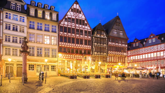 4k time lapse :frankfurt roemerberg - townhouse stock videos & royalty-free footage