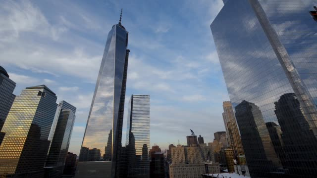 zeit verfallen, freedom tower, manhattan, ny, usa - kirchturmspitze stock-videos und b-roll-filmmaterial